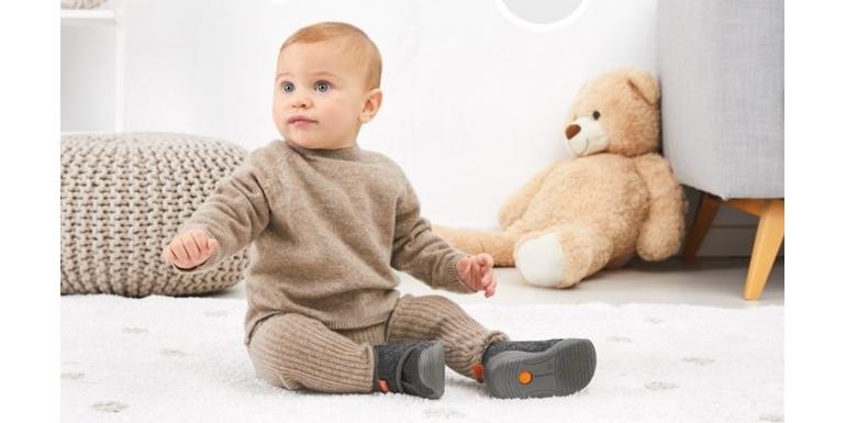 Biomecanics, los zapatos que acompañan a tu bebé en sus primeros pasos